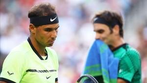 Rafa Nadal y Roger Federer , en la final de Australia