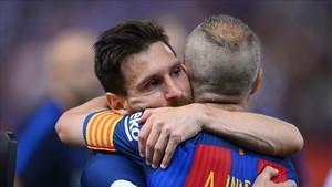 Iniesta y Messi fueron los mejores del Barça en la final de Copa