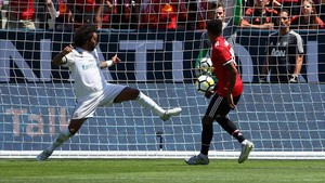 Lingard marcó a placer el único gol del Manchester United