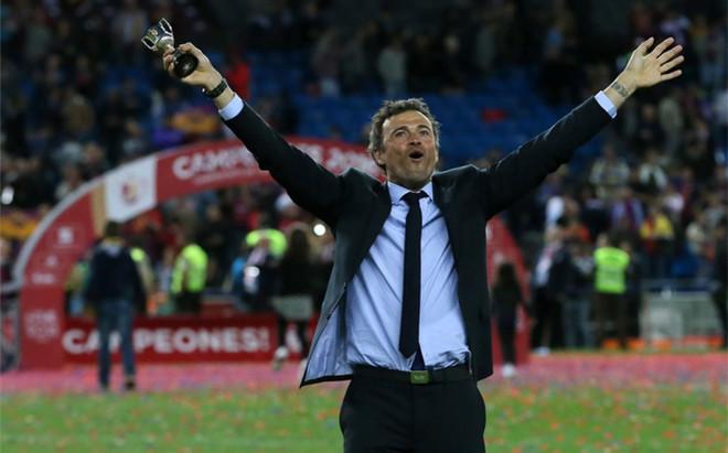 Luis Enrique, durante la celebraci�n de la Copa del Rey en el Vicente Calder�n