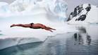 Lewis Pugh reivindicó la protección de dos áreas de la Antártida zambulléndose a cero grados