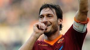 Francesco Totti jugará sólo unos minutos ante el Genoa