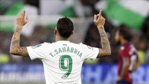 Sanabria firmó un doblete ante el Levante