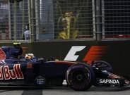 Carlos Sainz no tuvo suerte en Singapur