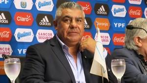 Chiqui Tapia confirmó que Argentina trabajará en Barcelona