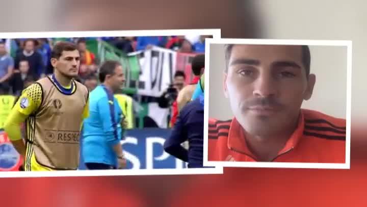 Iker Casillas responde a sus aficionados por Facebook