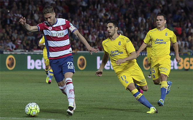 Rochina fue la estrella en la remontada del Granada: marc� un gol y sirvi� otros dos