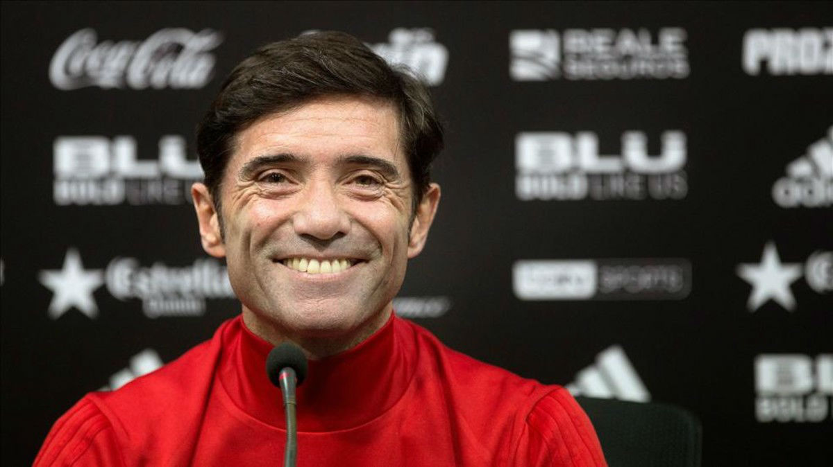 El técnico del Valencia se muestra confiado de poder puntuar ante el Barcelona