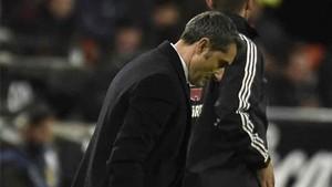 Valverde volvió a cambiar la banda derecha en Valencia