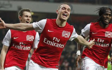 Vermaelen es el central del Arsenal
