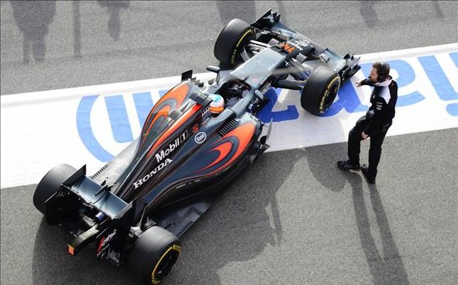El futuro de Alonso en el aire, seg�n The Times