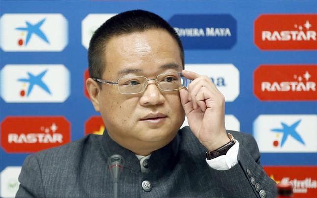 El Espanyol espera la llegada de Chen para acelerar la elecci�n del nuevo director deportivo