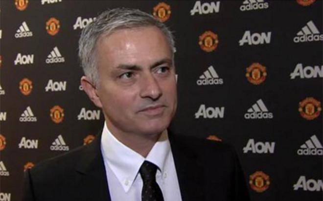 Mourinho concedi� una entrevista a la televisi�n del Manchester United