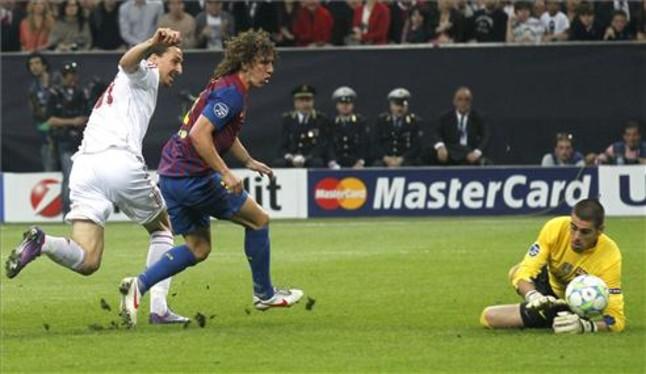 Víctor Valdés estuvo acertado en las pocas ocasiones de peligro del Milan | Foto: REUTERS