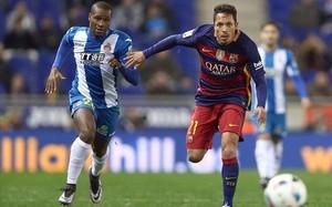 Adriano, en el derbi de Copa ante el Espanyol