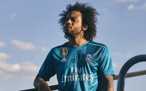El Madrid presume de su nueva tercera camiseta