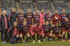 La expedici�n del FCB Legends. El equipo barcelonista se ha impuesto al Real Madrid en el cl�sico jugado en Riad