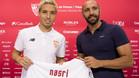 Nasri con Monchi el d�a de su presentaci�n como jugador del Sevilla