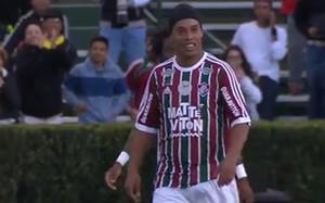 Ronnie volvió a jugar con el Fluminense