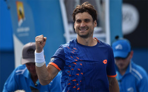 Ferrer sigue con paso firme en Australia