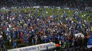 LaLiga ha denunciado también una masiva invasión de campo al final del partido