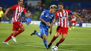 Getafe y Atlético rivalizaron en desaciertos