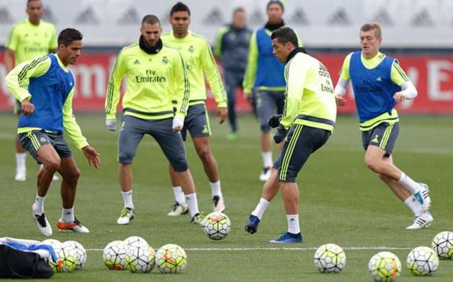 Benzema particip� en el entrenamiento