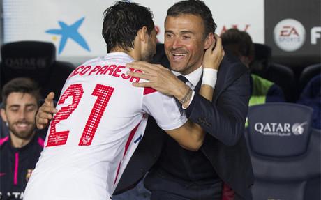 Luis Enrique se abraz� a Nico Pareja antes del partido