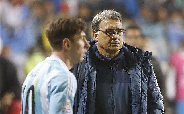 Tata Martino insin�a que Messi no ir� a los Juegos de R�o