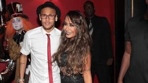 Neymar con su hermana Rafaella en la fiesta del 25 aniversario del jugador blaugrana