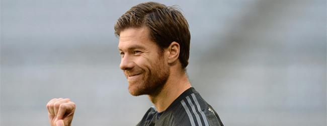 """Para Xabi Alonso, Neuer es \""""de largo\"""" mejor que Iker Casillas"""