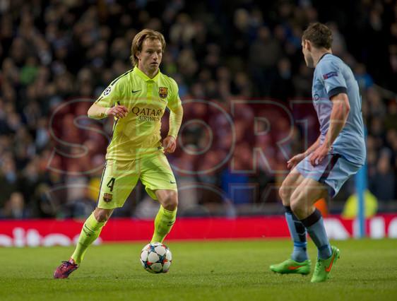 صور : مباراة مانشستر سيتي - برشلونة 1-2 ( 24-02-2015 )  1424816398827