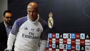Zidane asume las críticas recibidas