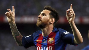 Leo Messi adelantó al Barça en la final de Copa contra el Alavés