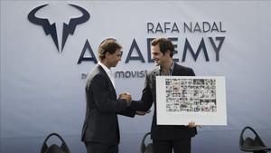 Nadal y Federer en la inauguración de la Rafa Nadal Academy en 2016