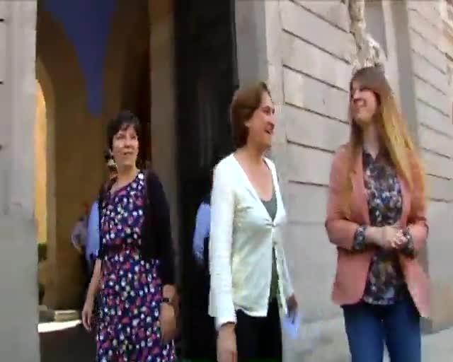 Ada colau prioriza las becas comedor a la f rmula 1 for Becas comedor barcelona