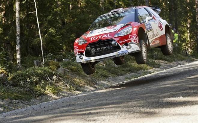 Kris Meeke lidera el Rally de Finlandia