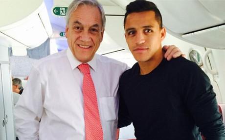 Alexis viaja a Barcelona con su salida en mente