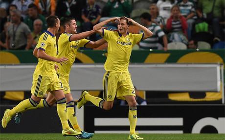 Matic celebra su decisivo gol de cabeza ante el Sporting