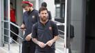 """Piqué, recibido en Madrid al grito de """"se queda"""""""