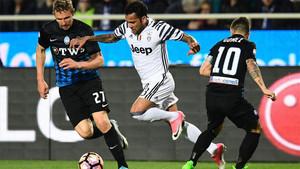 Alves marcó y la Juve abrazó una victoria... que se escapó al final