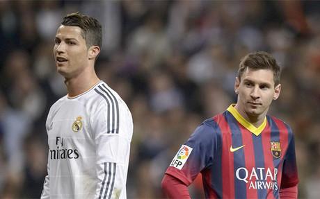 Cristiano Ronaldo y Leo Messi durante un cl�sico de la Liga 2013-14