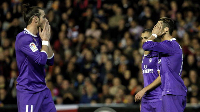 Video resumen Valencia - Real Madrid (2-1). Jornada 16, Liga Santander 16-17
