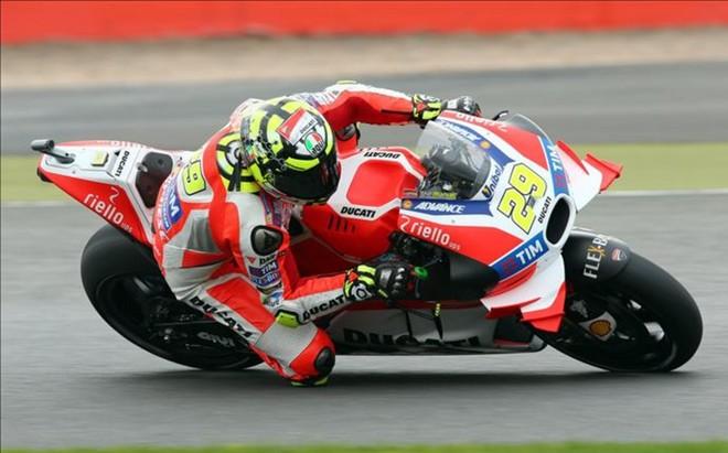 Andrea Iannone en Silverstone
