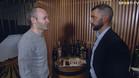 Andrés Iniesta con Simao Sabrosa. El capitán del FC Barcelona habló con el ex jugador azulgrana de André Gomes