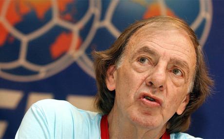 Menotti, ex entrenador del Bar�a