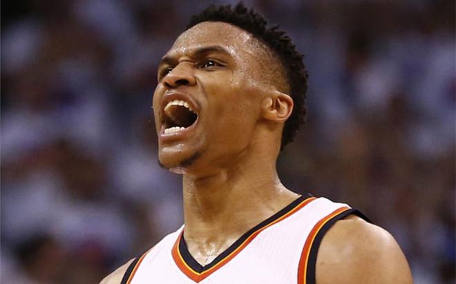 Westbrook consigui� su primer triple-doble de la fase final