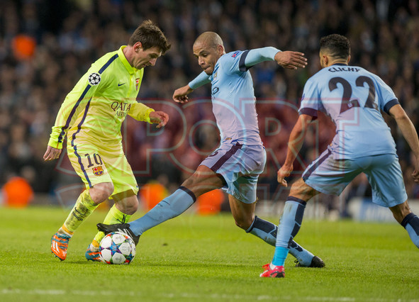 صور : مباراة مانشستر سيتي - برشلونة 1-2 ( 24-02-2015 )  1424816411467