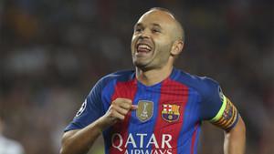 La entrada de Iniesta resultóla mejor noticia del Barcelona