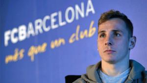 Digne, durante una rueda de prensa en la ciudad deportiva del Barcelona